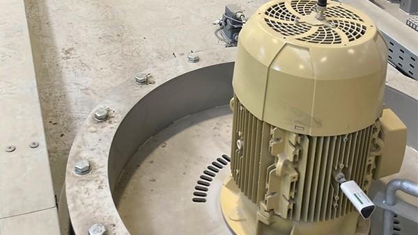 Monitorizarea motoarelor mașinilor de tratament termic