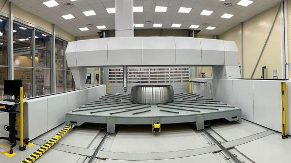 Schaeffler furnizează cel mai mare rulment sferic produs vreodată de companie, realizat în fabrica de la Braşov