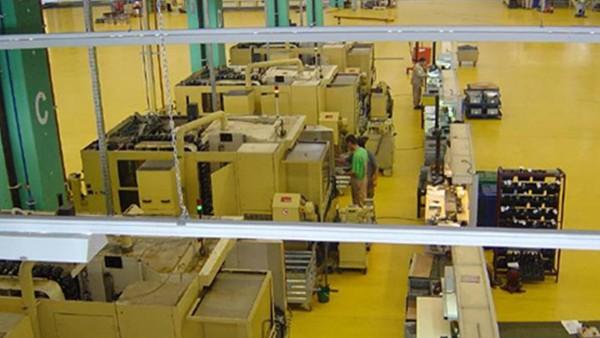 INA Schaeffler Braşov preia noile spaţii de producţie şi demarează fabricaţia.